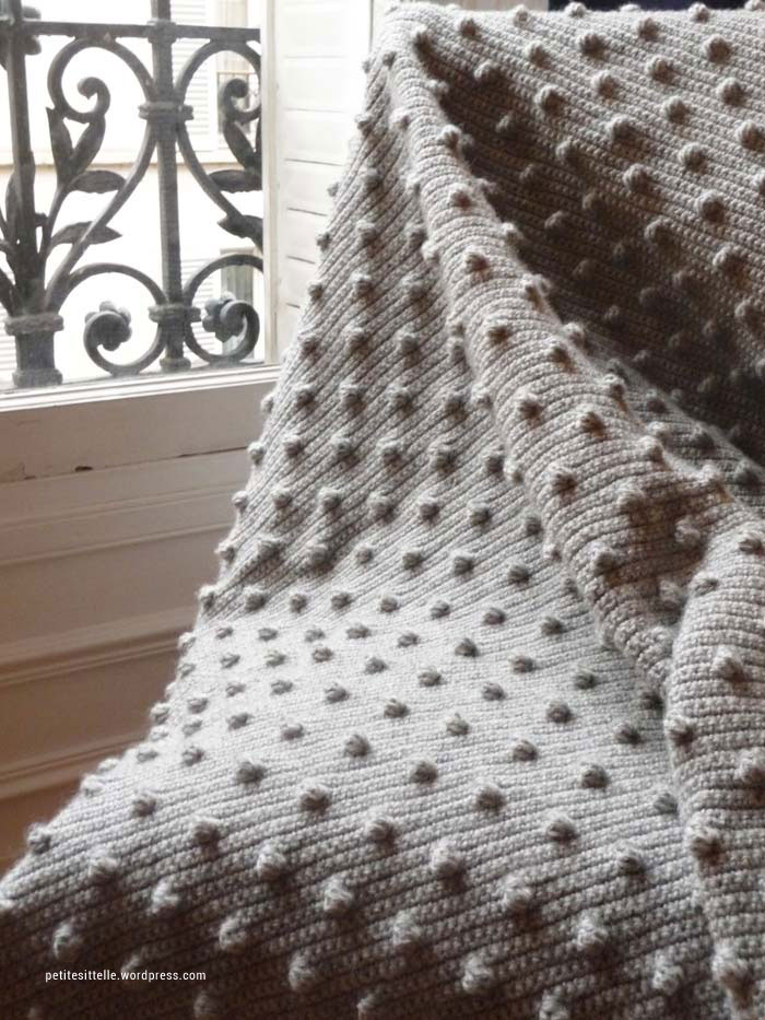 Modele Gratuit De Plaid Au Crochet Avec Le Point Noisette Tricot And Co