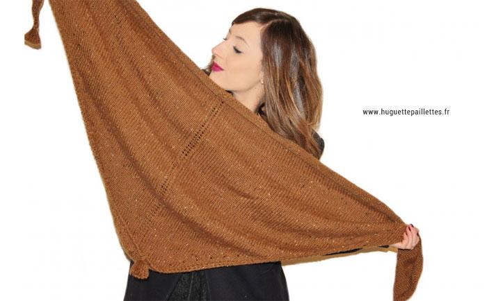 Tuto rapide et facile pour tricoter un châle pour femme avec pompons