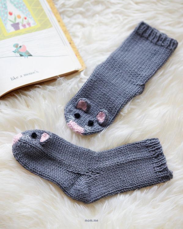 Tricoter des chaussettes pour enfant au point jersey